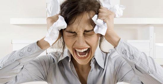 Resultado de imagem para mulher com raiva