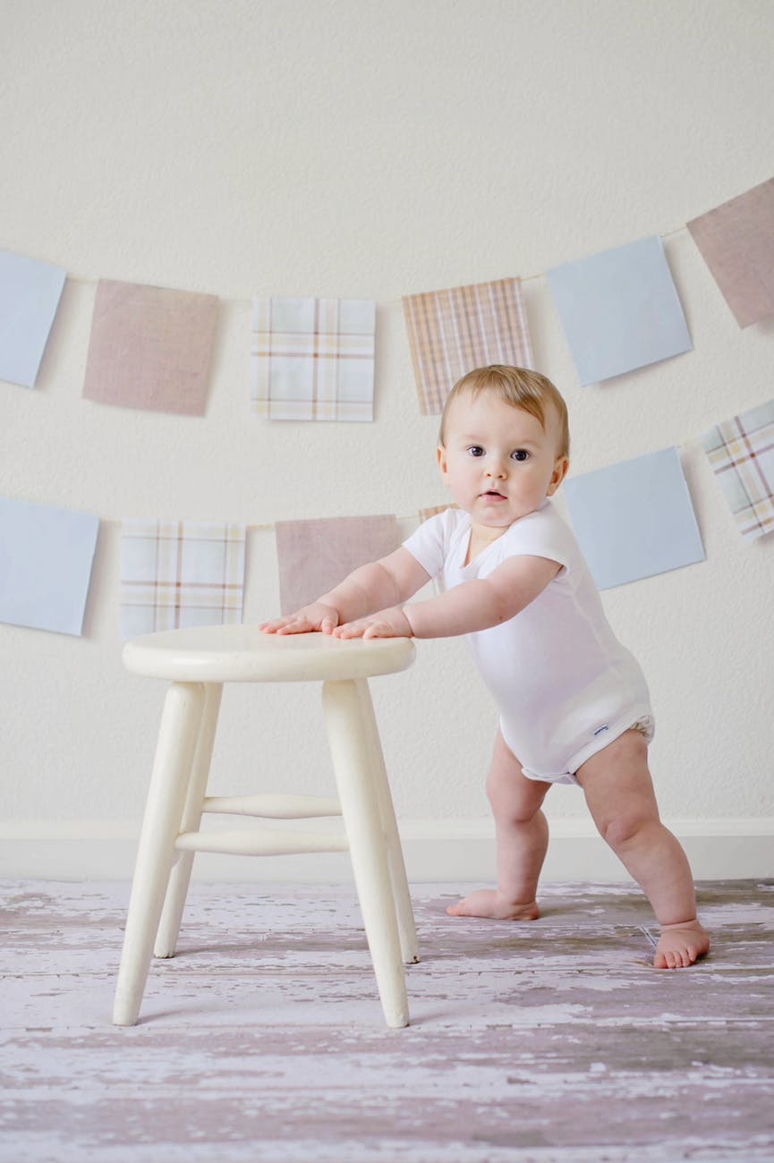 adorable baby blur chair