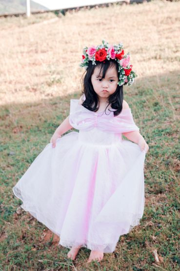 adorable-beautiful-child-1700870.jpg